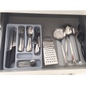 Crockery and utensils for 4 people